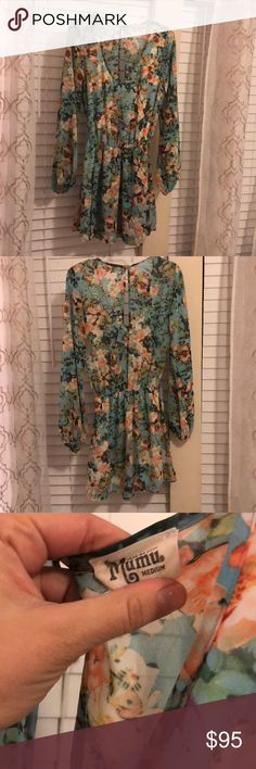 Show Me Your MuMu long sleeve dress Show Me Your MuMu floral long sleeve dress. In excellent condition! Only worn one time. Show Me Your MuMu Dresses Long Sleeve
