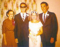 Buddy and his bride Maria Elena Buddy Holly was married to Maria Elena Santiago, a woman he had met only two months earlier when she Celebrity Couples, Celebrity Pictures, Celebrity Weddings, Old Celebrities, Celebrities Then And Now, Celebs, Popular Music Artists, Ritchie Valens, Hollywood Wedding