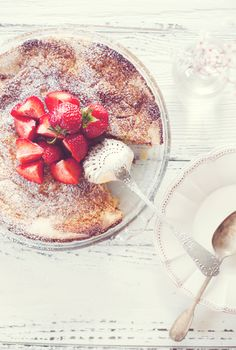 strawberry cake styling photography