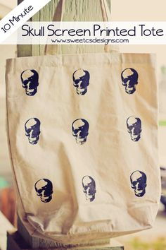 skull screen printed tote perfect for halloween- and it takes less than 10 minutes!
