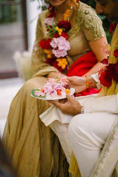 Indian Wedding Ceremony, Salzburg, Wedding Colors, Wedding Planner, Table Decorations, Wedding Planer, Color Scheme Wedding, Wedding Planners, Dinner Table Decorations