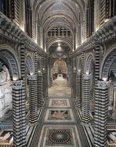 Siena Cathedral, Tuscany, Italy - apparently, the marble and mosaics are breathtaking. Siena was one of the few places in Tuscany we didn't visit Cool Places To Visit, Places To Travel, Places To Go, Travel Destinations, Beautiful Buildings, Beautiful Places, Siena Toscana, Siena Cathedral, Tuscany Italy