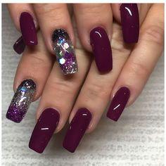 Acrylic Nail Designs For Fall and Winter Maroon Nails, Burgundy Nails, Purple Nails, Deep Burgundy, Fall Acrylic Nails, Autumn Nails, Fall Nail Designs, Acrylic Nail Designs, Gorgeous Nails