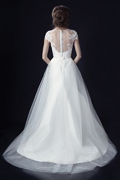 Winter Wedding Gowns - Winter Wedding Dresses | Wedding Planning, Ideas & Etiquette | Bridal Guide Magazine