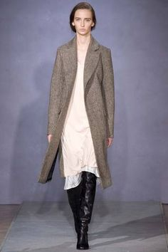 Maison Martin Margiela Fall 2014 Ready-to-Wear Collection Slideshow on Style.com