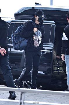 #BTS ( #Suga ) Airport Style