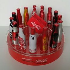 Expositor Coca-Cola Mini Garrafinhas da Galera Brasil 2015.