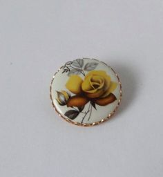 Vintage Yellow ROSE Flower Cameo Style  Brooch Pin. Rose cabochon brooch by Cosasraras on Etsy