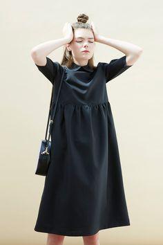 Oversized Midi Smock Dress with Collar Black http://bit.ly/11uQBoV