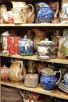 Transferware collection, different shades and patterns