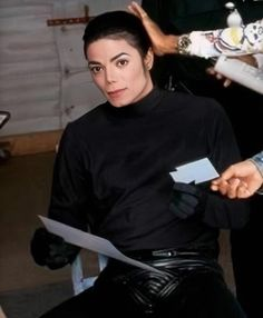 That jaw line. Jackson Family, Jackson 5, Michael Jackson Neverland, Jaw Line, Mj Dangerous, Photos Of Michael Jackson, Joseph, King Of Music, Just Don