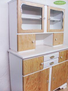 Vintage Schränke - ♥ ♥ Vintage Küchenschrank mit Charme ♥ ♥ - ein Designerstück von Landhausmixx bei DaWanda