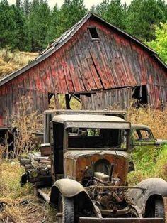 Abandoned Amusement Parks, Abandoned Castles, Abandoned Mansions, Abandoned Buildings, Abandoned Houses, Abandoned Places, Cle Elum Washington, Farm Trucks, Pickup Trucks