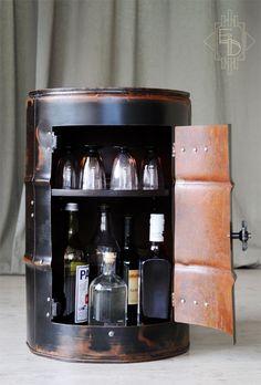 Bidon mini bar, table de chevet Création Pièce unique Artisanat Français http://etrangeidee.fr/