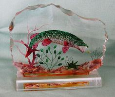 Amazing Back Carved Lucite Art Block Paperweight Northern Pike Fish