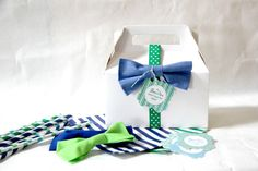 No sew bow tie favors :: tutorial party ideas. Casino Theme Parties, Party Themes, Party Ideas, Birthday Bash, Birthday Parties, Mustache Birthday, Bow Tie Theme, No Sew Bow, Little Man Party