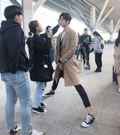 Lmfao he's too cute Boys Over Flowers, Asian Actors, Korean Actors, Asian Men, Korean Men, Kpop, Song Kang Ho, Korean Drama Best, Drama Funny