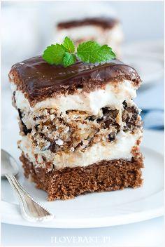 Ciasto z wafelkową warstwą - I Love Bake Baking Recipes, Cake Recipes, Dessert Recipes, Merangue Cake, Polish Recipes, Baked Goods, Sweet Recipes, Delicious Desserts, Sweet Treats