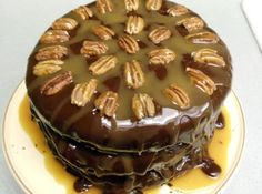 Cafe Latte in St Paul - Turtle Cake Recipe Ice Cream Toppings, Round Cake Pans, Let Them Eat Cake, Cupcake Cakes, Bundt Cakes, Delicious Desserts, Cake Recipes, Fun Recipes, Sweet Tooth