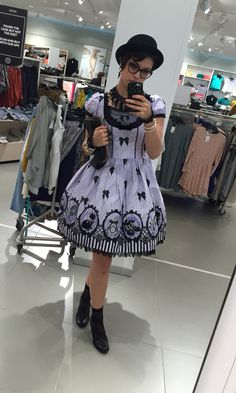 Cinema Doll :D OP: Angelic pretty  Everything else offbrand