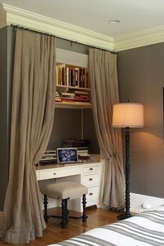 Home Office Closet Ideas Bedrooms.Truques Da Manu: Home Office No Quarto Ser Que Fica Bom . Turned Closet Into Reading Nook House Projects In 2019 . Home and Family Guest Bedroom Office, Guest Bedroom Design, Ikea Home Office, Ikea Home, Guest Bedrooms, Home Office Closet, Interior Design, Home Decor, Home Office Bedroom
