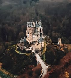 10 Best Places to Visit in Germany - Tour To Planet Castle Gate, Castle Ruins, Castle House, Medieval Castle, Beautiful Castles, Beautiful Buildings, Beautiful Places, Cool Places To Visit, Great Places