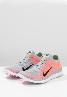 Nike Performance FREE 4.0 FLYKNIT - Chaussures de running légères - wolf grey/black/pink pow/total orange - ZALANDO.FR