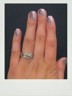 Grey and pastel pink!  <3 it!
