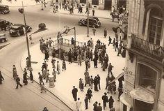 Puerta del Sol, desde la Calle Arenal, década de 1950. Autor desconocido