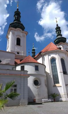 Praga / Prague - Strachov Dreams, Mansions, House Styles, Travel, Home Decor, Prague, Mansion Houses, Voyage, Homemade Home Decor