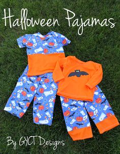 Sewing For Kids Make some fun Halloween Pajamas with this great pattern and ge FREE Bat Template. Perfect for toddlers, preschoolers and elementary kids Halloween Pajamas, Halloween Sewing, Fall Sewing, Halloween Prints, Halloween Fun, Sewing Projects For Kids, Sewing For Kids, Sewing Crafts, Sewing Ideas