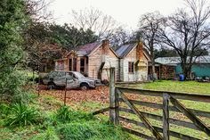 Old house, Clareville, Wairarapa, New Zealand | Flickr - Photo Sharing!