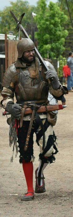 Renaissance Festival koronaburg corona California German Landsknecht Jason Russell Heavy infantry heavy armor. German Mercenarie, plate armor, chainmail and many weapons. Jason Russell