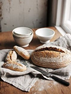 bread and kitchen