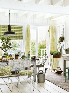 Country Living Magazine Facebook Page - 08/10/15