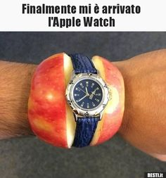 Apple Watch lustig - Apple Watch Fail - Apfel Uhr (Cool Pics For Whatsapp) Funny Spanish Memes, Crazy Funny Memes, Funny Animal Memes, Really Funny Memes, Stupid Funny Memes, Funny Relatable Memes, Haha Funny, Hilarious, Funny Stuff