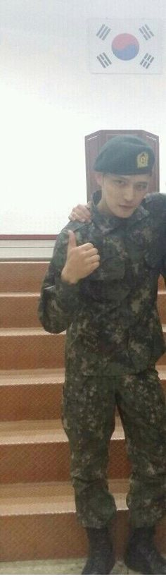 150519 Kim Jaejoong at Boot Camp.. praised AGAIN for being handsome