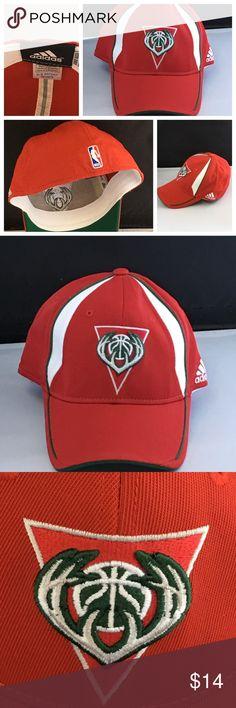 NWOT Milwaukee Bucks NBA Adidas Cap/Hat NWOT Milwaukee Bucks NBA One Size Fits All Adidas Cap/ Hat adidas Accessories Hats