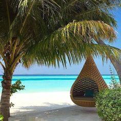 Anantara Kihavah Villas - Kudarikilu, Maldives ⠀ Photography by @davidmouradocarmo #Beachtravel