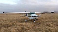 Light plane made an emergency landing in Geraldton, Australia. @WAtoday http://www.watoday.com.au/wa-news/light-plane-makes-emergency-landing-in-geraldton-20151224-glulsa.html