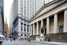 Apertura de mercados con ligeras alzas. Cae el dólar después de la comparencia de Yellen sobre la economía americana.