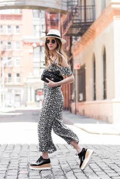 lugsole shoes 2017 with 2017 printed jumpsuit Zara Hats, Stella Mccartney Shoes, Really Cute Outfits, Vegan Clothing, Vegan Fashion, Fashion Line, Looks Style, Fashion Outfits, Fashion Trends