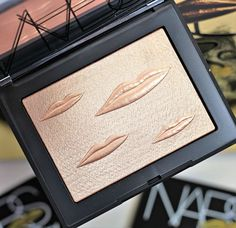 NARS x Man Ray Overexposed Glow Highlighter & Blush Swatches + Review Fashion And Beauty Tips, Diy Beauty, Beauty Makeup, Beauty Hacks, Highlighter Makeup, Highlighters, Smokey Eye Tutorial, Makeup Must Haves, Putting On Makeup
