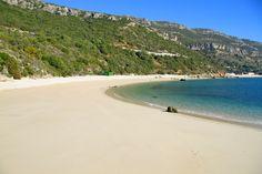 La mejor playa de Europa está en la región de Lisboa - https://vivirenelmundo.com/mejor-playa-de-europa-esta-la-region-lisboa/