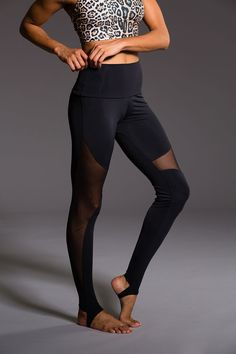 High Rise Stirrup Legging - Black | Onzie