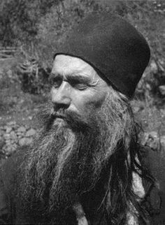 Finding The Way To The Heart: Knowing God, According to St Silouan the Athonite. Miséricorde Divine, Head Anatomy, Religion, Orthodox Christianity, Catholic Saints, Orthodox Icons, Sacred Art, Knowing God, Priest