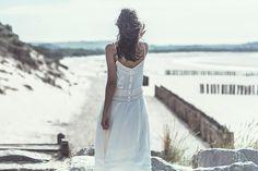 Vestido de noiva de Laure de Sagazan 2014. #casamento #vestidosdenoiva #LauredeSagazan2014