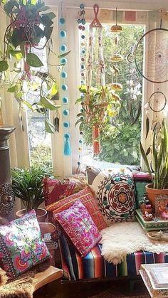 85 cozy bohemian living room decor ideas - boho home decor bohemian l Bohemian Room, Bohemian Bedroom Decor, Hippie Home Decor, Boho Living Room, Bohemian Living, Living Room Decor, Diy Home Decor, Living Rooms, Apartment Living