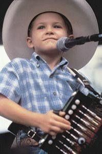 """Hunter Hayes see, everyone goes """"hunter hayes ain't no cowboy!"""" UHHH, YES! YES HE IS!!!"""