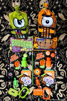 Want to wow your kiddos or be the cool auntie? Put together some awesome Halloween goodie bags like I did and they'll love you forever for it. Diy Halloween Goodie Bags, Diy Halloween Food, Spooky Food, Halloween Favors, Halloween Books, Family Halloween Costumes, Halloween Crafts For Kids, Halloween Party Decor, Spirit Halloween